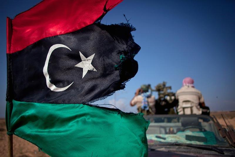 1958 Муаммар Каддафи мертв