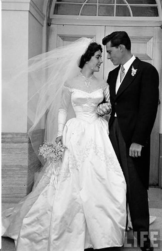 2296 Первая свадьба Элизабет Тейлор