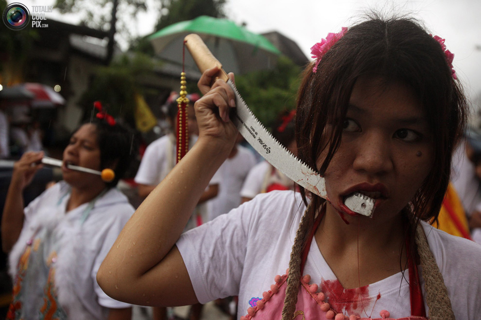 2310 Vegetarian Festival di Thailand