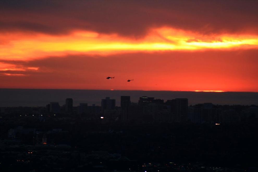 Sunsets 2340: Api di Langit