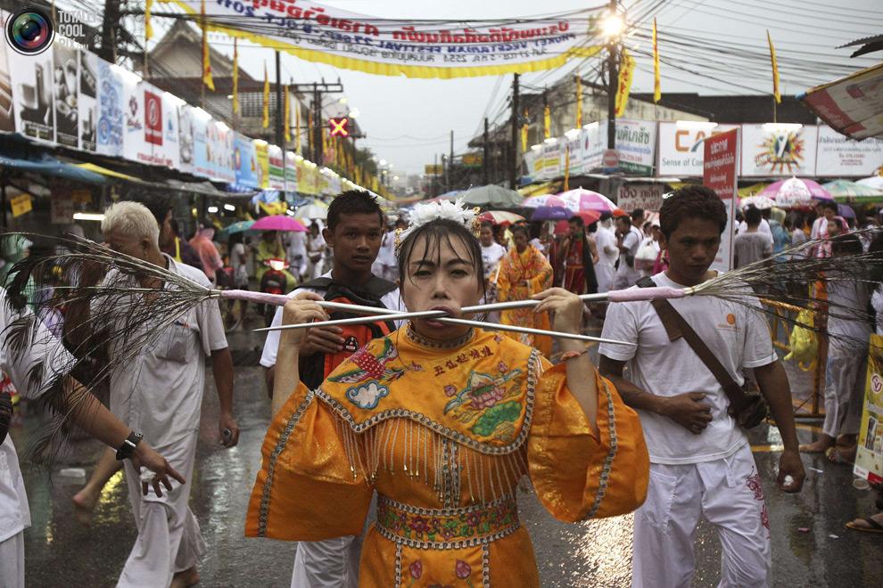 247 Vegetarian Festival di Thailand