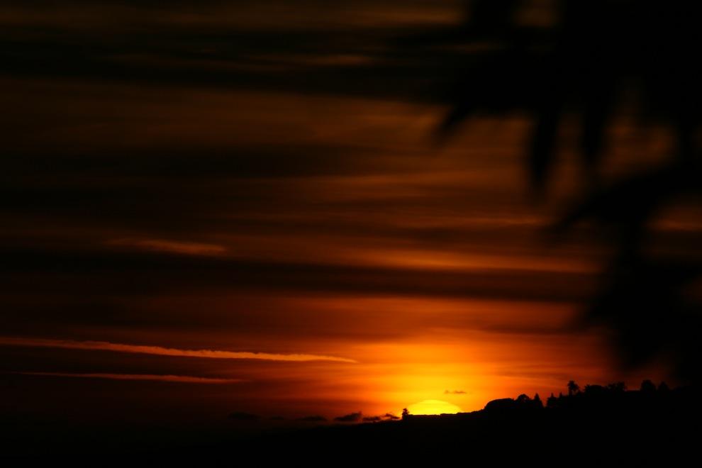 Sunsets 3028: Api di Langit