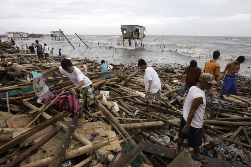 33 800x533 Тайфун «Несат» на Филиппинах