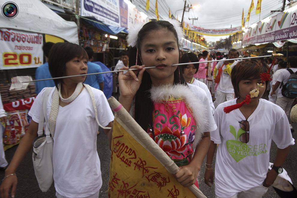 335 Vegetarian Festival di Thailand