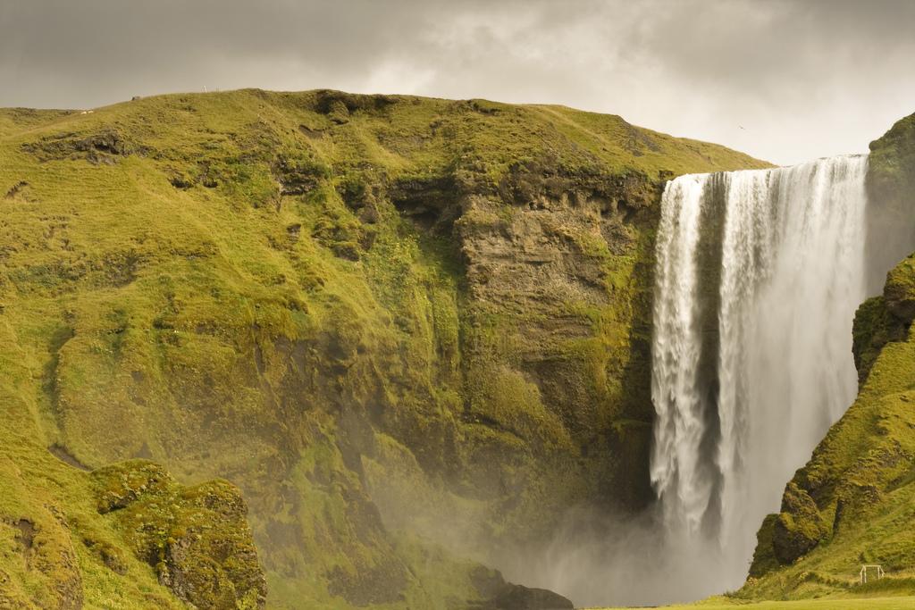 3849265513 23ae64e28a b Скогафосc самый знаменитый водопад Исландии