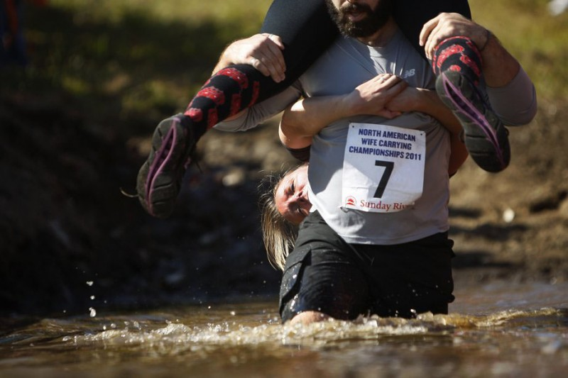 В Штатах прошел Североамериканский чемпионат по переноске жен