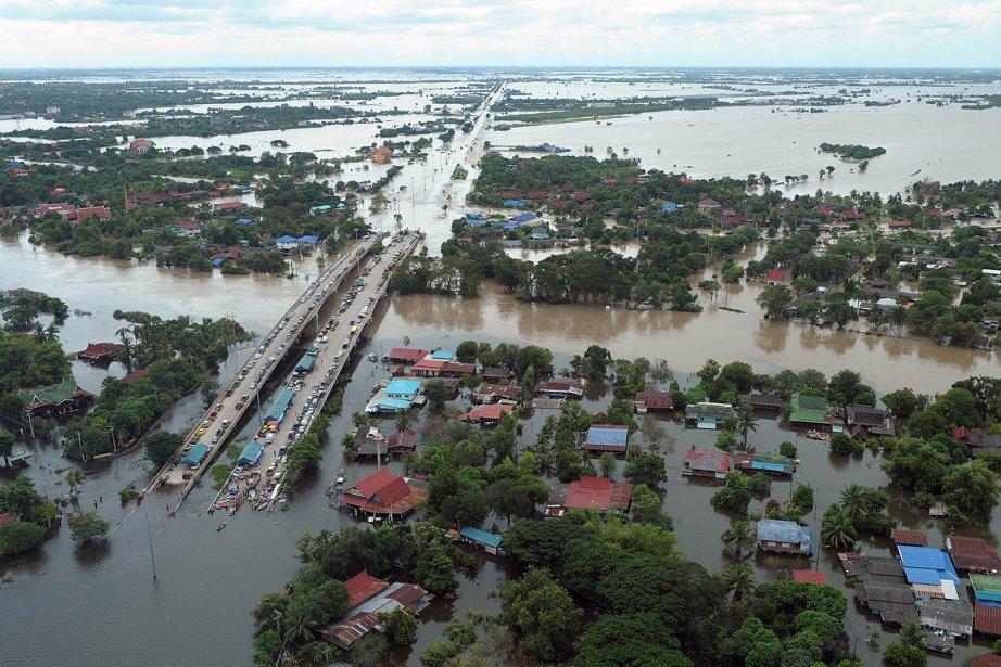 Inondations thailande pires depuis decennies наводнение