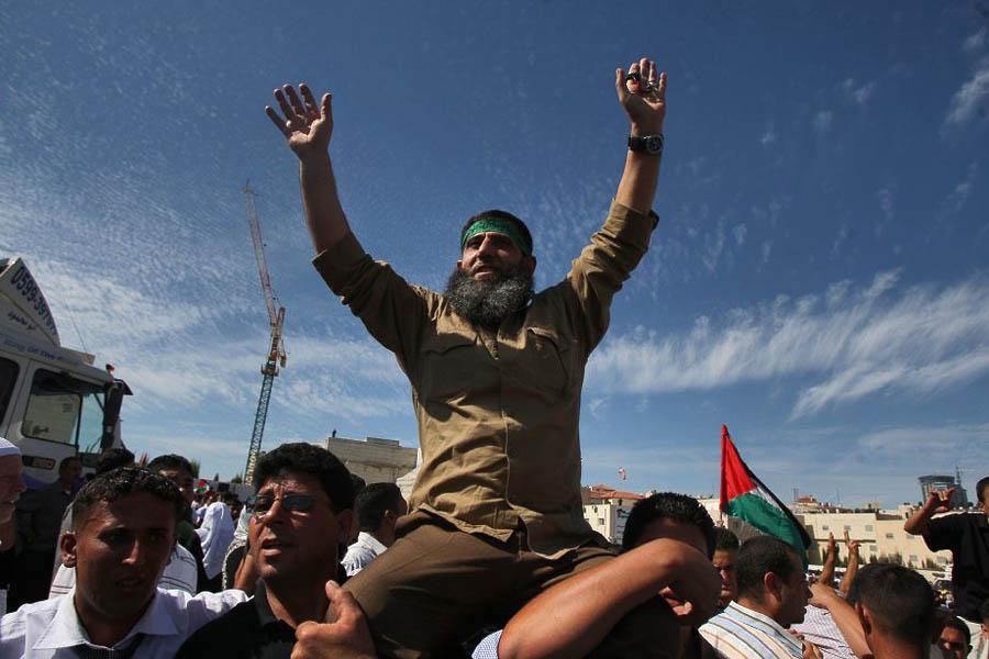 387 993 prisonnier palestinien libere echange Gilad Shalit pulang Shalit