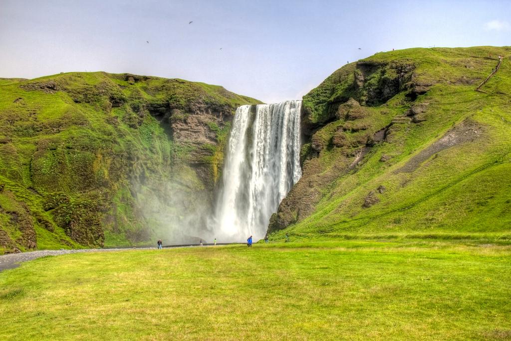 4759107029 7361fbee39 b Скогафосc самый знаменитый водопад Исландии