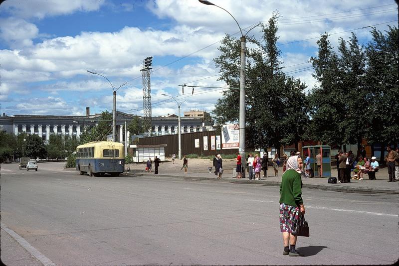 927 СССР из окна поезда в 1975 году