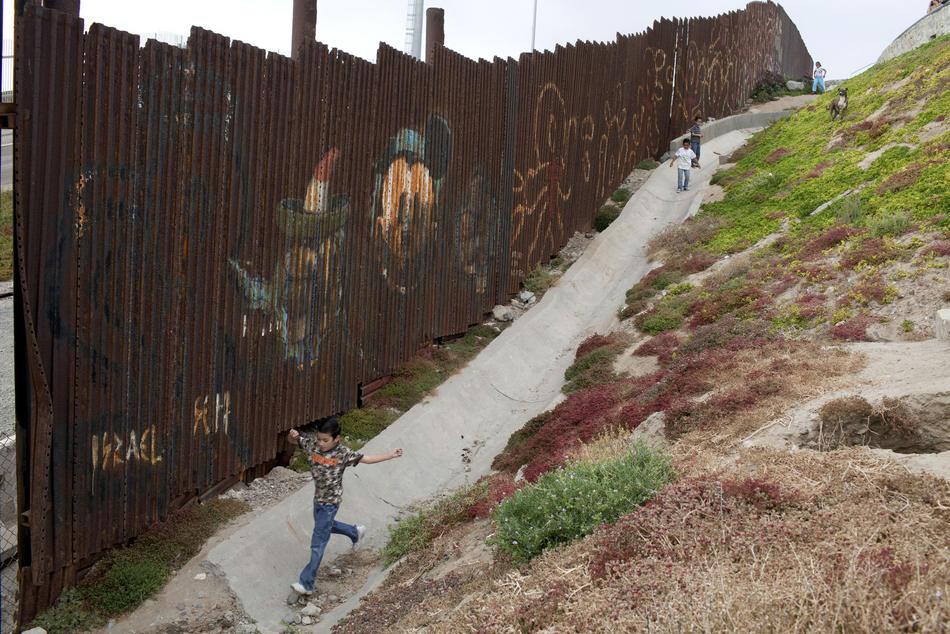 Hari kerja border17 AS-Meksiko perbatasan