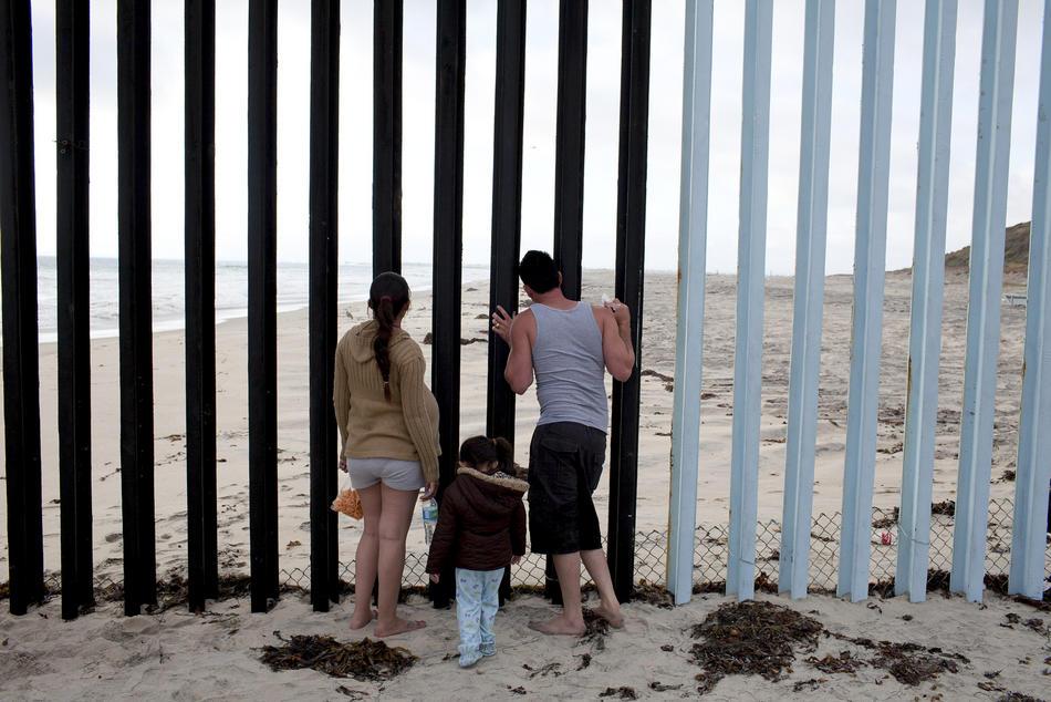 Hari kerja border18 AS-Meksiko perbatasan