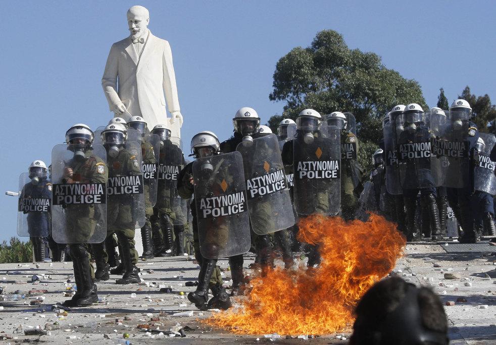 Беспорядки в Греции: второй день демонстраций