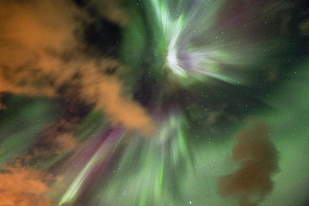 light 5 990x660 Сказочные небеса Норвегии
