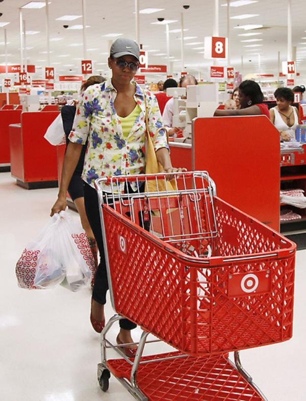 mrsobama03 Michelle Obama di supermarket dan tidak hanya