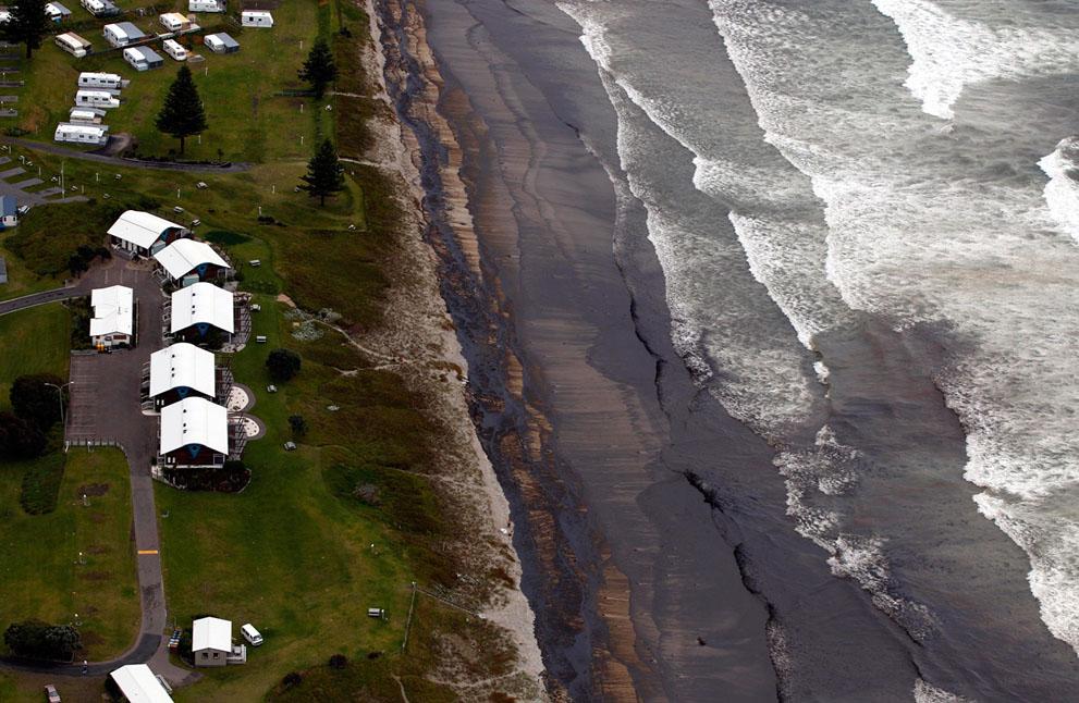 s n07 10.130.422 tumpahan minyak di lepas pantai Selandia Baru