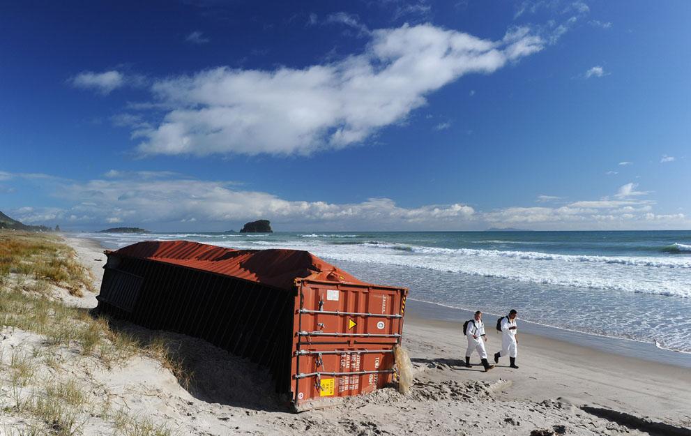 s n25 29.181.239 tumpahan minyak di lepas pantai Selandia Baru