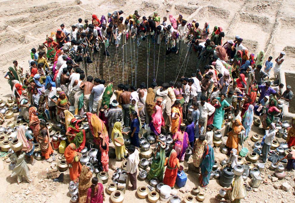 s s32 RTR156JY Население Земли в октябре достигнет 7 миллиардов