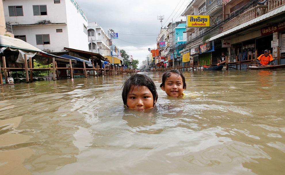 s t01 RTR2R6LH banjir di Thailand