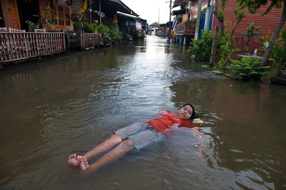s t08 21.933.673 banjir di Thailand