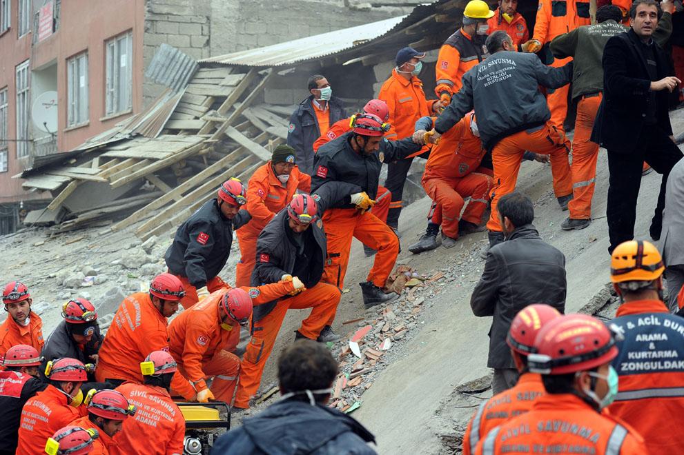 图说灾害现场:土耳其7.2级地震 - 银河 - 银河@生存主义唱诗班