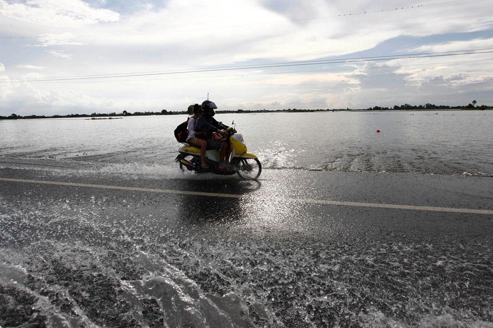 s T30 RTR2SC6V banjir di Thailand