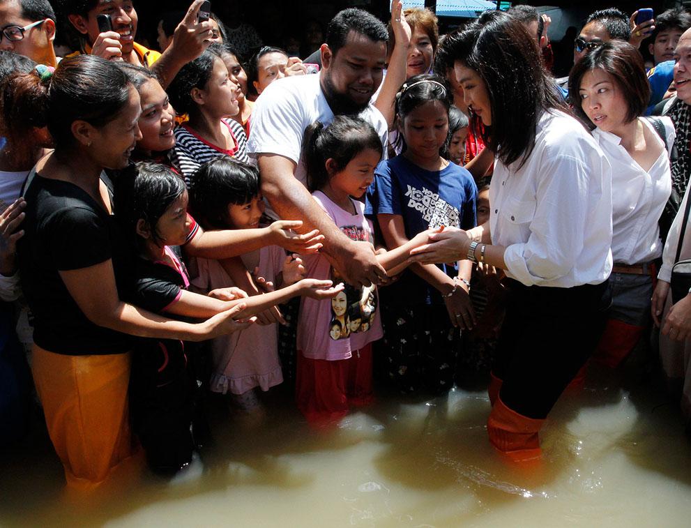 s T34 RTR2RH4U banjir di Thailand