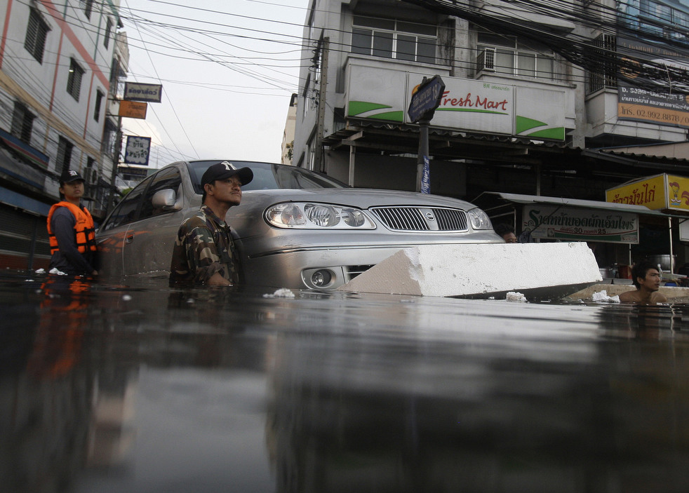thailand flood 1027 09 Наводнение в Таиланде: Бангкок под угрозой
