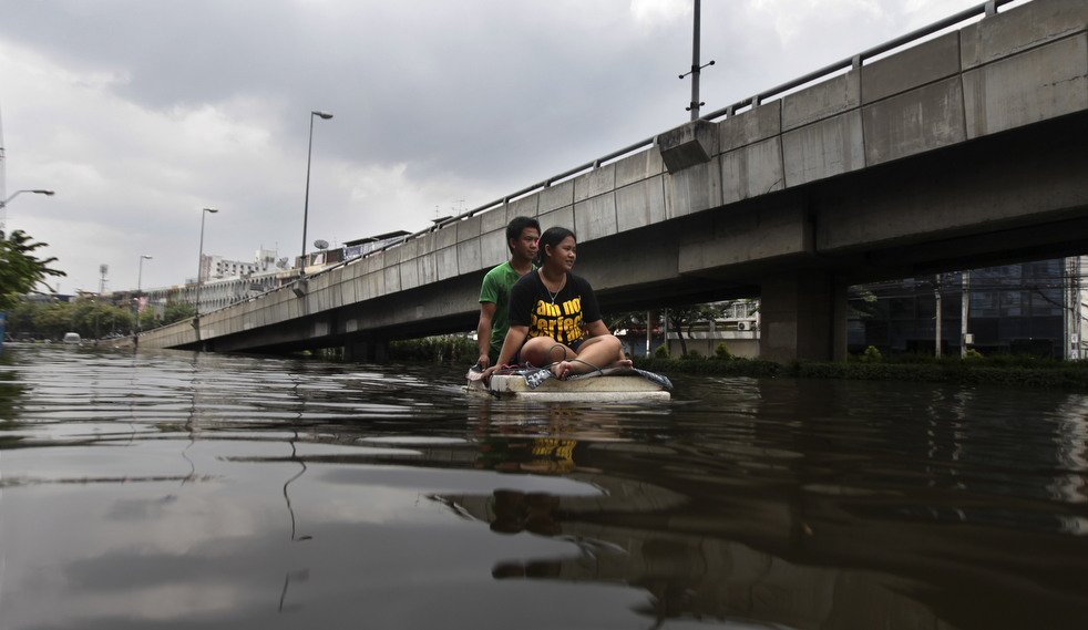 thailand flood 1027 13 Наводнение в Таиланде: Бангкок под угрозой