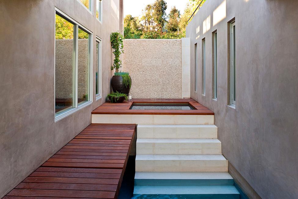 1043 Blue Jay Way Residence от McClean Design – красивая жизнь в красивом особняке