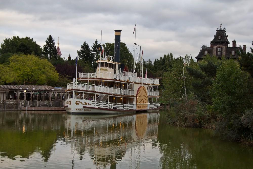 1096 Disneyland Paris: Парижский Диснейленд
