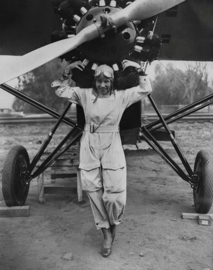 11118 Женщины пилоты прошлого