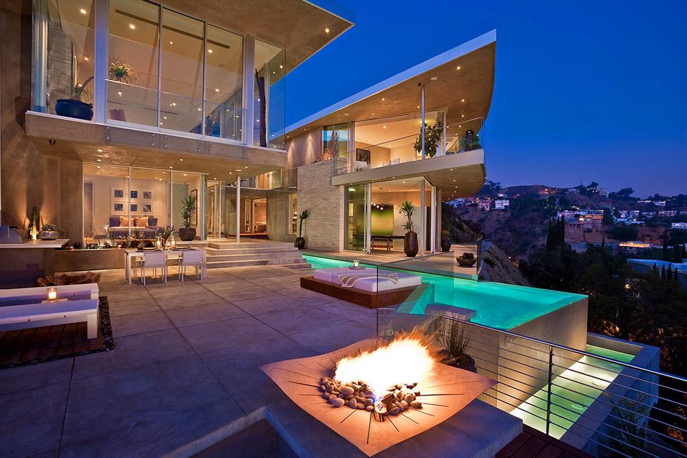 1159 Blue Jay Way Residence от McClean Design – красивая жизнь в красивом особняке