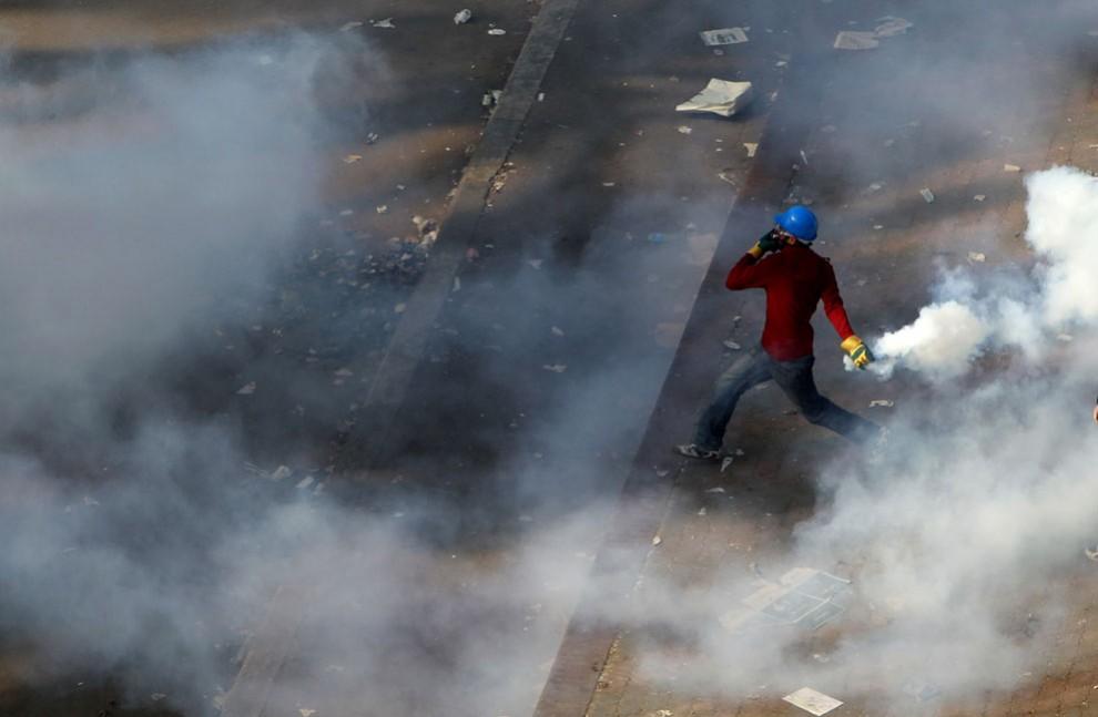 12137 990x647 nuevos disturbios en El Cairo