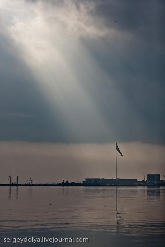 14109 Современный Баку