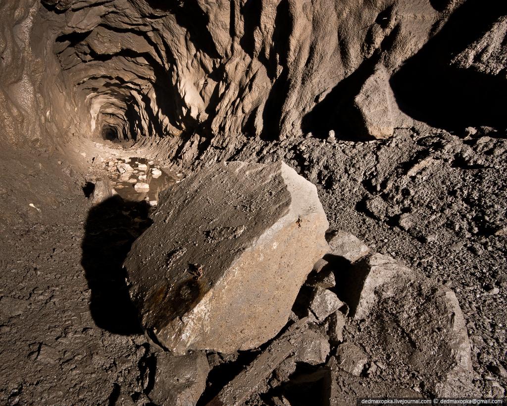 Ditinggalkan tambang bijih besi di 1468