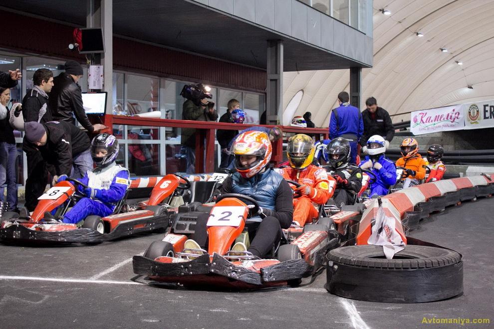 Благотворительная гонка с известными гонщиками: FORZA Karting