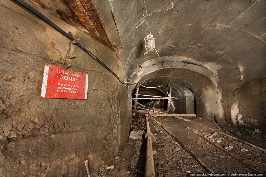 Ditinggalkan tambang bijih besi pada tahun 1757
