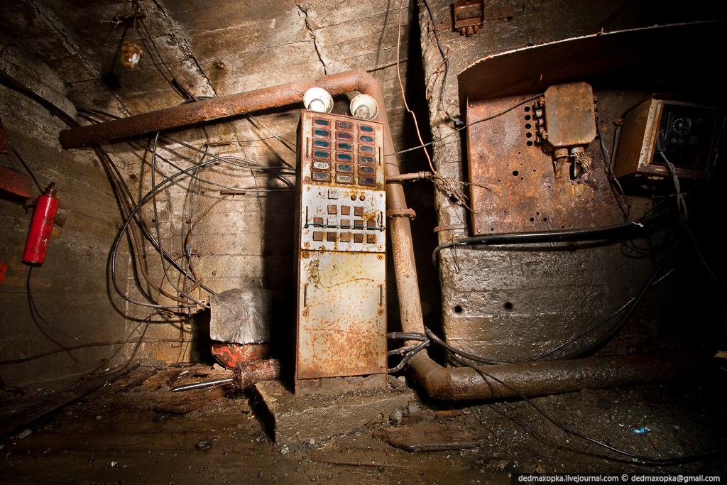 Ditinggalkan tambang bijih besi pada tahun 1946
