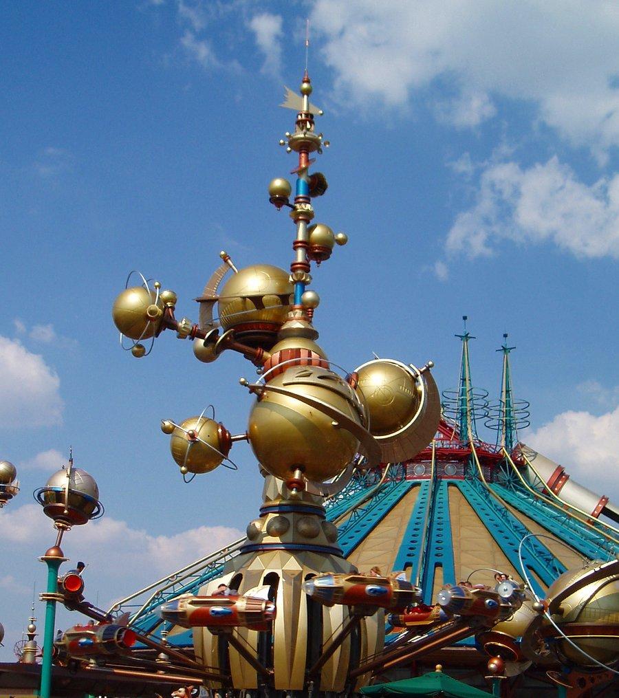 21105 Disneyland Paris: Парижский Диснейленд