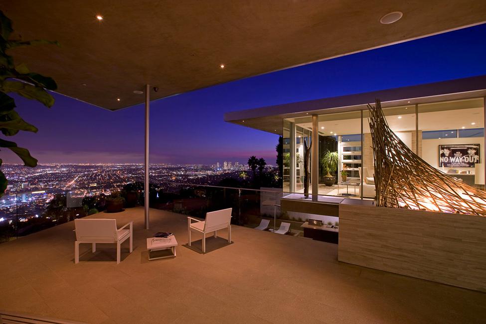 2142 Blue Jay Way Residence от McClean Design – красивая жизнь в красивом особняке