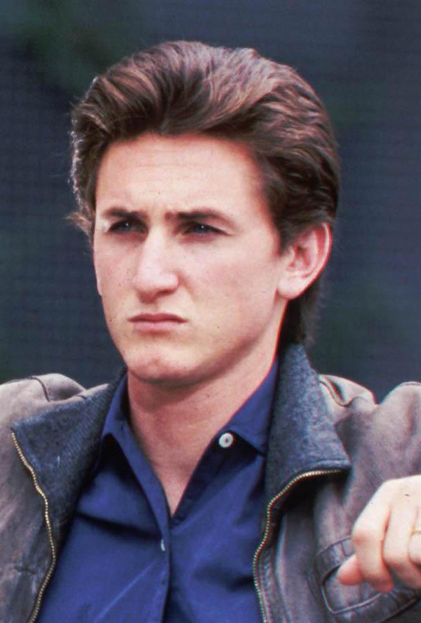 2229 Sean Penn: Aktor dan Aktivis