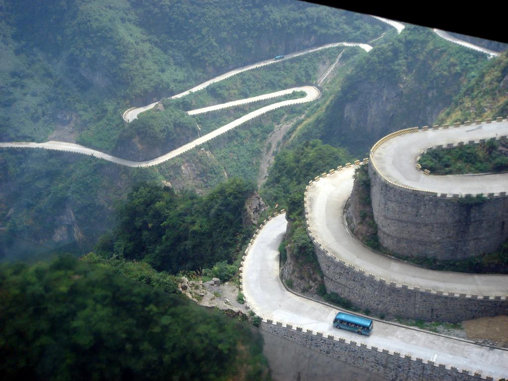 2287 Дорога в небеса – самая страшная дорога Китая