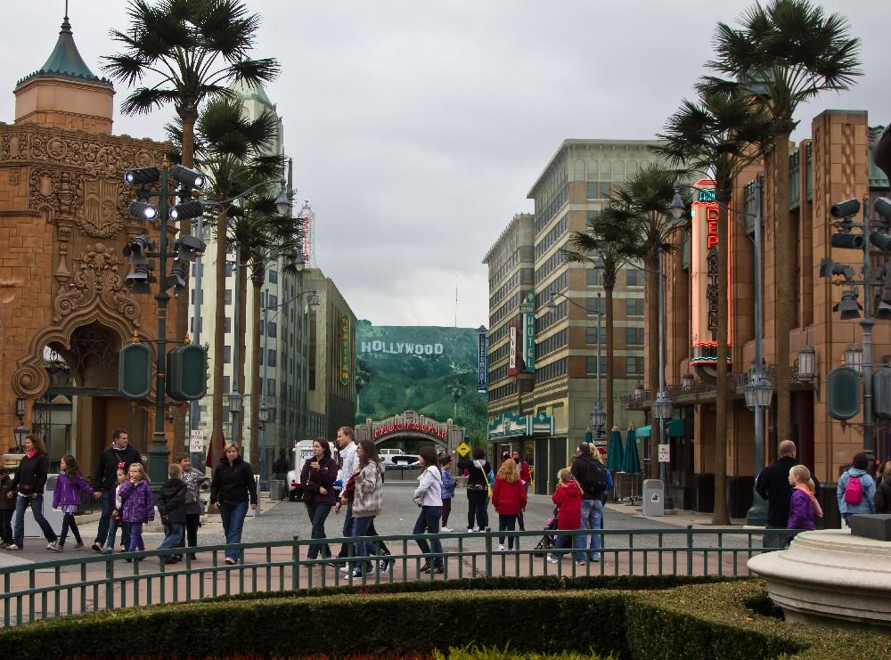 2340 Disneyland Paris: Парижский Диснейленд