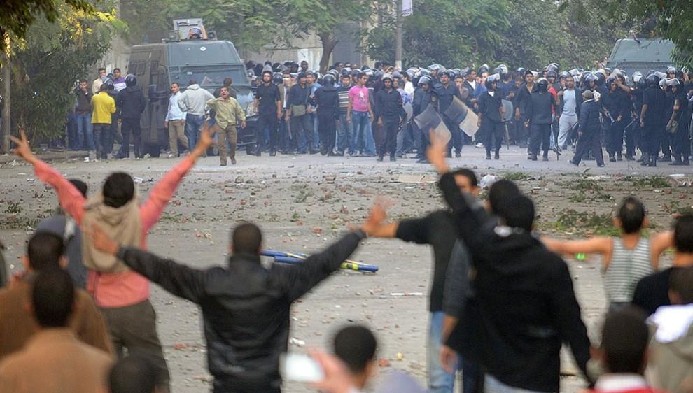 2458 990x562 nuevos disturbios en El Cairo