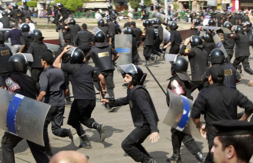 2554 990x638 nuevos disturbios en El Cairo