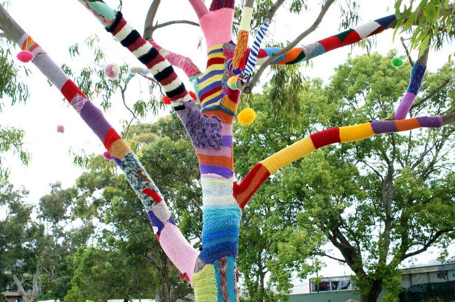 3063 Urban knitting   Шерстяной стритарт