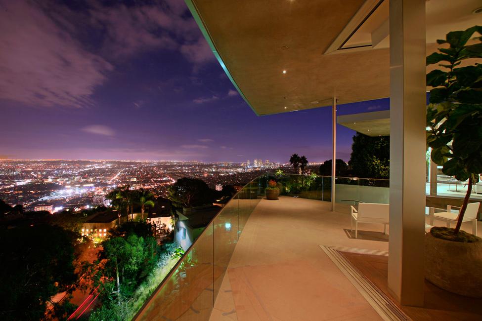 3129 Blue Jay Way Residence от McClean Design – красивая жизнь в красивом особняке