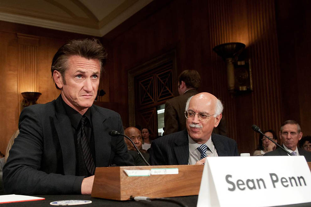 3133 Sean Penn: Aktor dan Aktivis