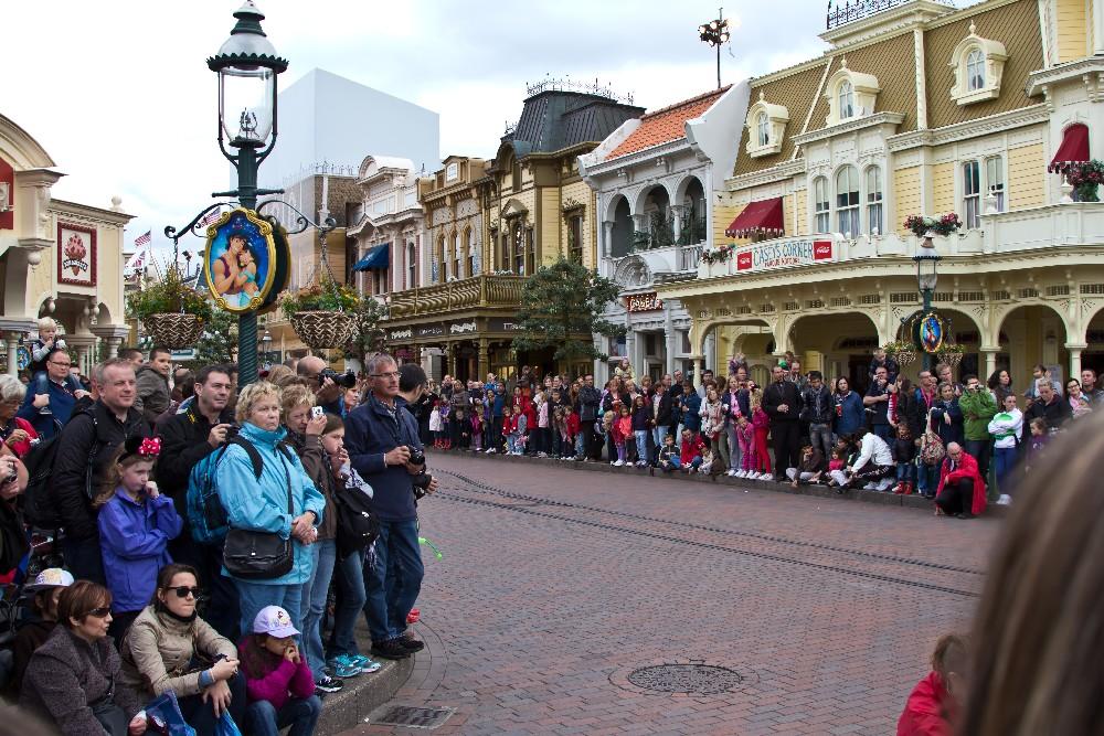 3195 Disneyland Paris: Парижский Диснейленд